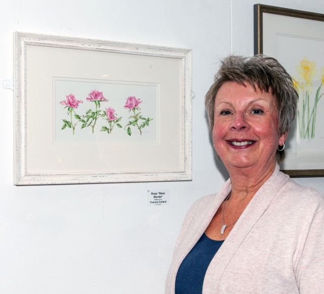 Yvonne Collard of the Childwick Botanical Artists