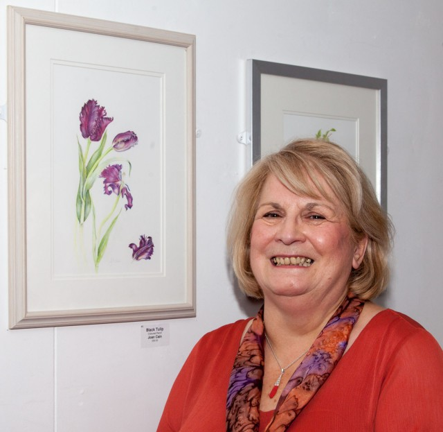 Joan Cain of the Childwick Botanical Artists